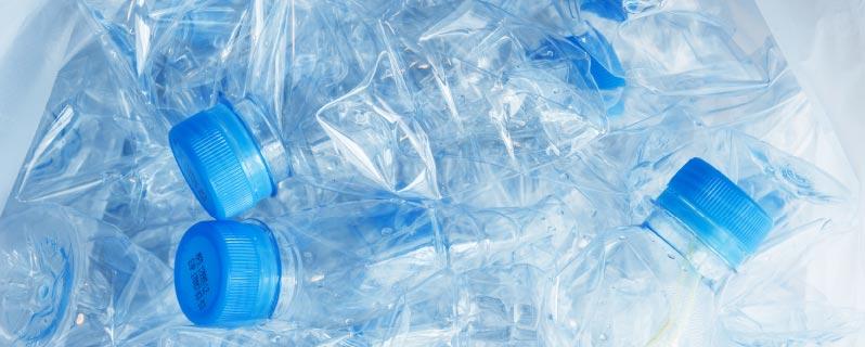 wasserflaschen glas oder plastik